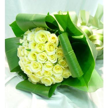 36枝黃玫瑰/吾愛