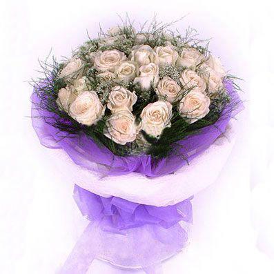 33枝香檳玫瑰/天使的愛