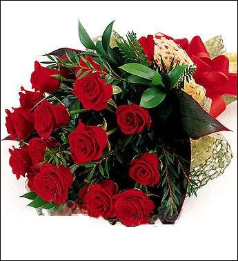12枝红玫瑰/别样魅力