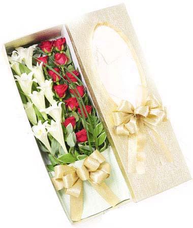 9枝百合/装着爱的盒子