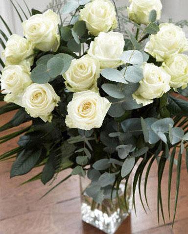 12枝白玫瑰/瞬间的永恒