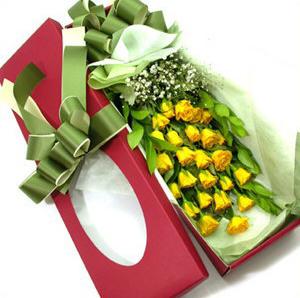 24枝黄玫瑰/爱情
