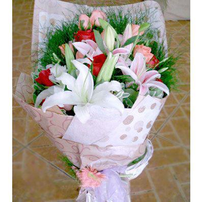 10枝粉玫瑰/快乐相伴
