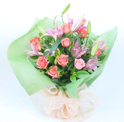 11枝粉玫瑰/因为爱你