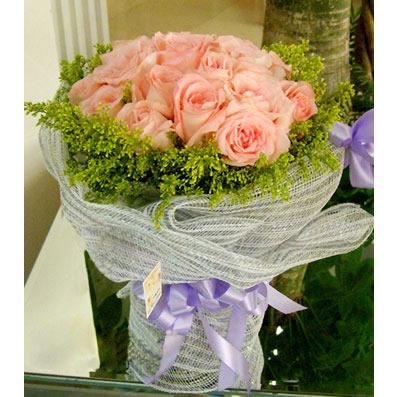 26枝粉玫瑰/思绪