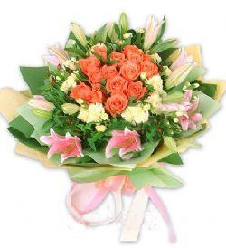 16枝粉色玫瑰/满园花开