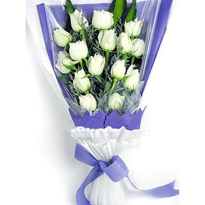 15枝白玫瑰/愛無價