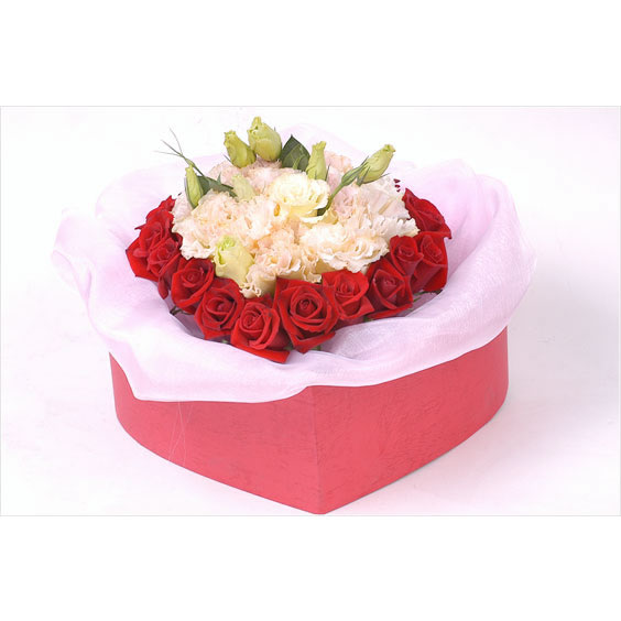 18枝紅玫瑰/心中的愛