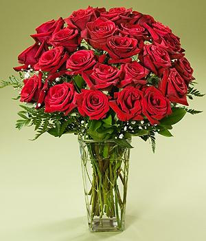 30枝红玫瑰/玫瑰物语: 30支红玫瑰,配材点缀