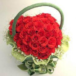 77枝红玫瑰/心里装的是你