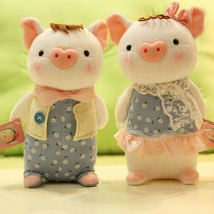 情侣猪公仔 莉莉猪公仔 猪 毛绒玩具
