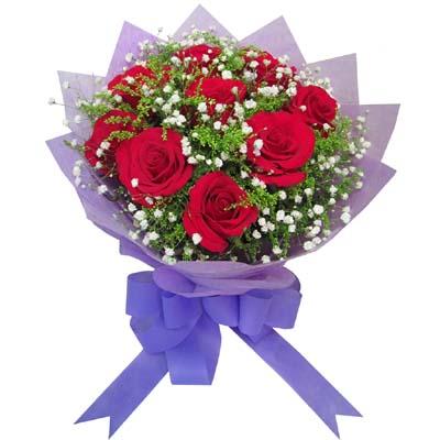 9枝红玫瑰/生日礼物: 9支红玫瑰,满天星,黄英间插