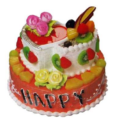 两层圆形蛋糕上面有心形样式/温情永远