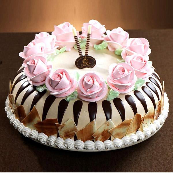 克里斯汀蛋糕/蔷薇之城