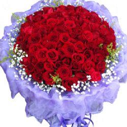 幸福的味道/99朵紅玫瑰: 99朵紅玫瑰,滿天星黃鶯點綴一圈