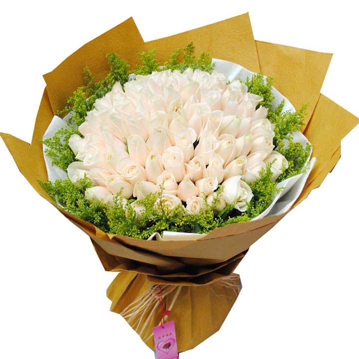 爱你/99朵香槟玫瑰: 99朵香槟玫瑰,外围黄莺