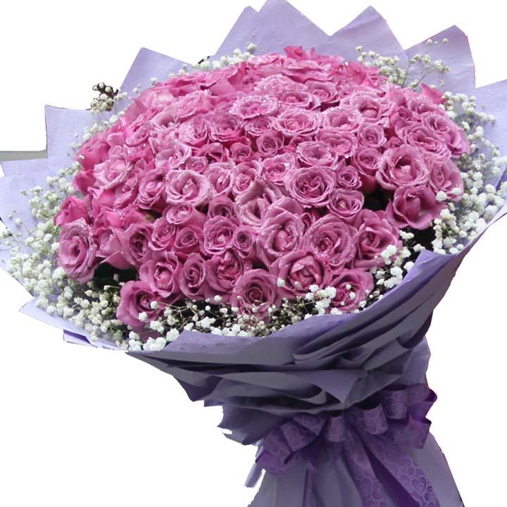 爱到永远/99朵紫玫瑰: 99朵紫玫瑰,外围满天星(紫玫瑰是特殊花材,要提前天3左右咨询客服预定)