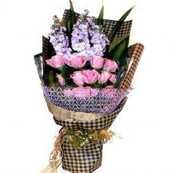 温馨而浪漫/12朵紫玫瑰