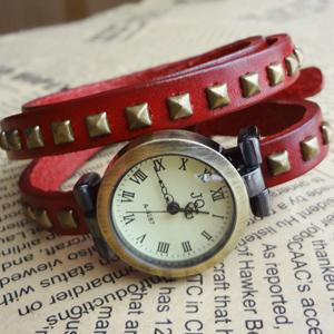 复古手表/罗马刻度铆钉手表 女性手表