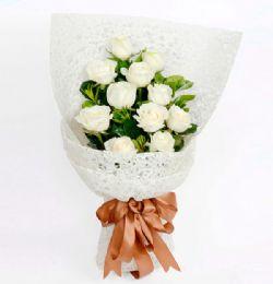 12枝白玫瑰/浪漫