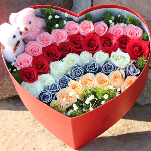 【礼盒鲜花/39红玫瑰+2小熊】情深意浓