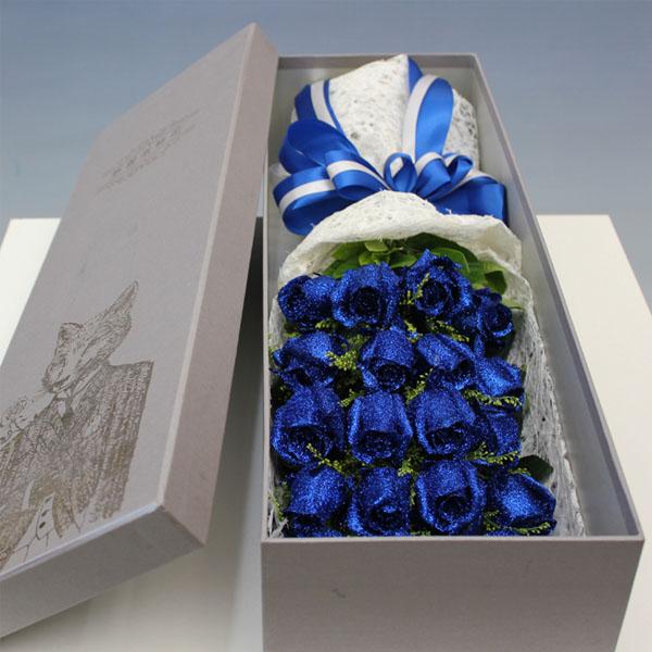礼盒/19枝蓝色妖姬
