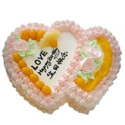 鲜奶蛋糕/天涯同好: 双心鲜奶水果蛋糕,时令水果装饰,