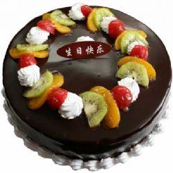 巧克力蛋糕/夜幕之光: 圆形鲜奶巧克力水果蛋糕,时令水果装饰,巧克力表层。