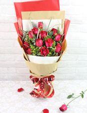 12枝红玫瑰/爱的惊喜
