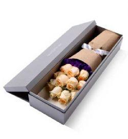 �Y盒/11枝香��玫瑰恰似你的�厝�