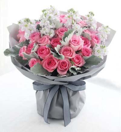 33枝粉玫瑰/幸福的�s定