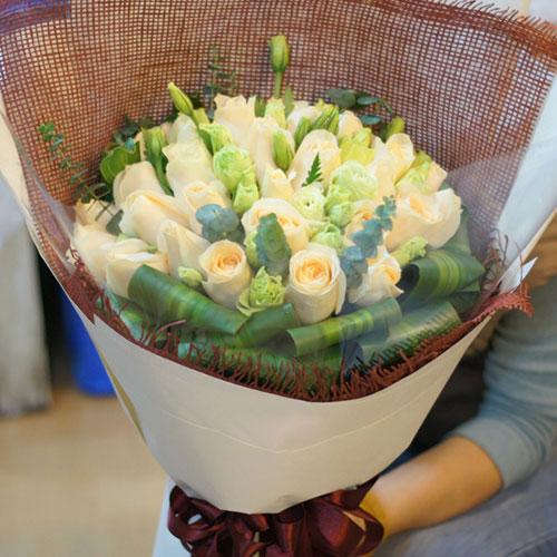 33枝顶级香槟玫瑰/广岛牧歌 (香槟玫瑰 爱情 友情 生日 情人 七夕 圣诞 女朋友 父母 教师)