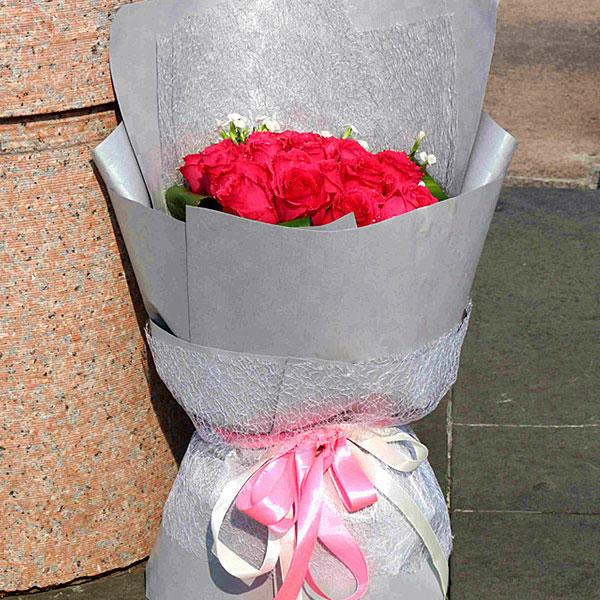 19朵精品红玫瑰/雨夜聆风 (红玫瑰 爱情 友情 朋友 情人 生日 七夕 圣诞)