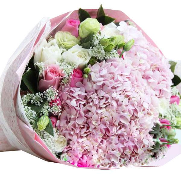 9朵戴安娜玫瑰、5朵白玫瑰 、1朵粉绣球拆分成两个/粉粉爱
