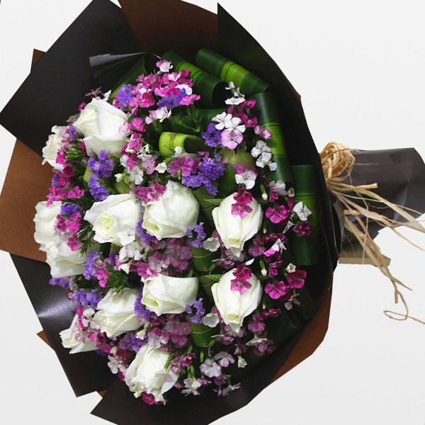 精选优质11枝白玫瑰/心 愿