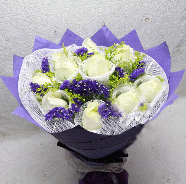 11朵昆明顶级白玫瑰/我心永存