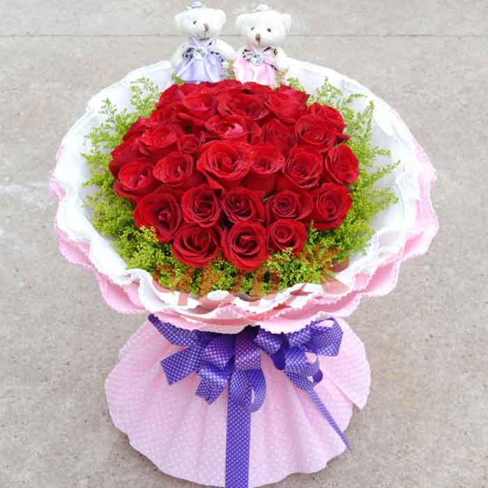33朵红玫瑰花束节日生日礼物 介绍 评论 咨询 33朵红玫瑰花束
