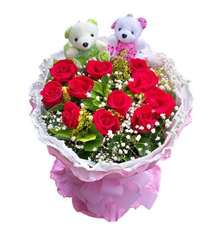 红玫瑰11枝,一对可爱小熊/彼此牵挽