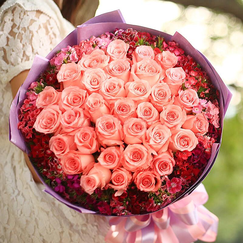 精选33朵戴安娜玫瑰/爱是天意