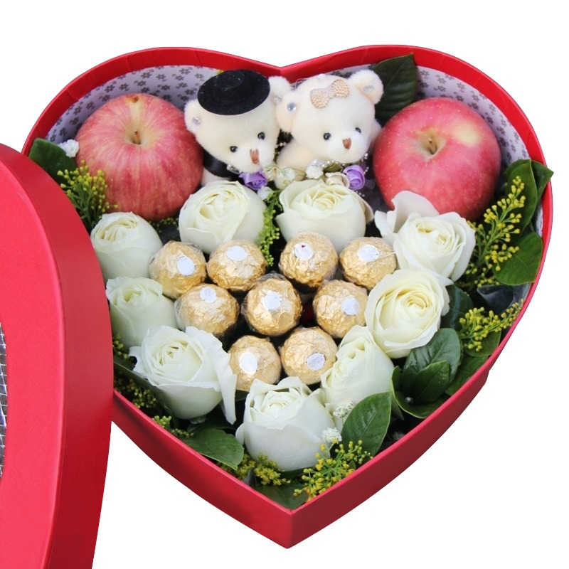 9朵白玫瑰+9颗费列罗巧克力+2个平安果/万千宠爱