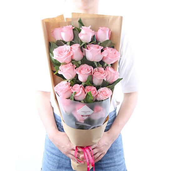 19支戴安娜玫瑰/最浪漫的事