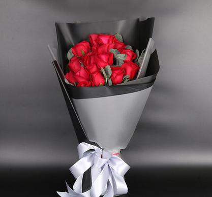 19支红玫瑰/有你相伴