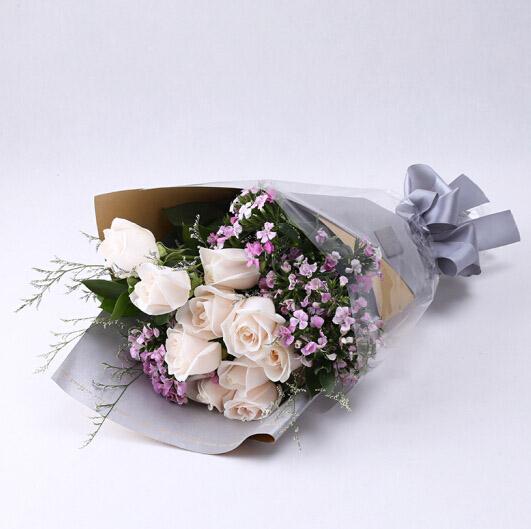 11支白玫瑰/拥有爱情