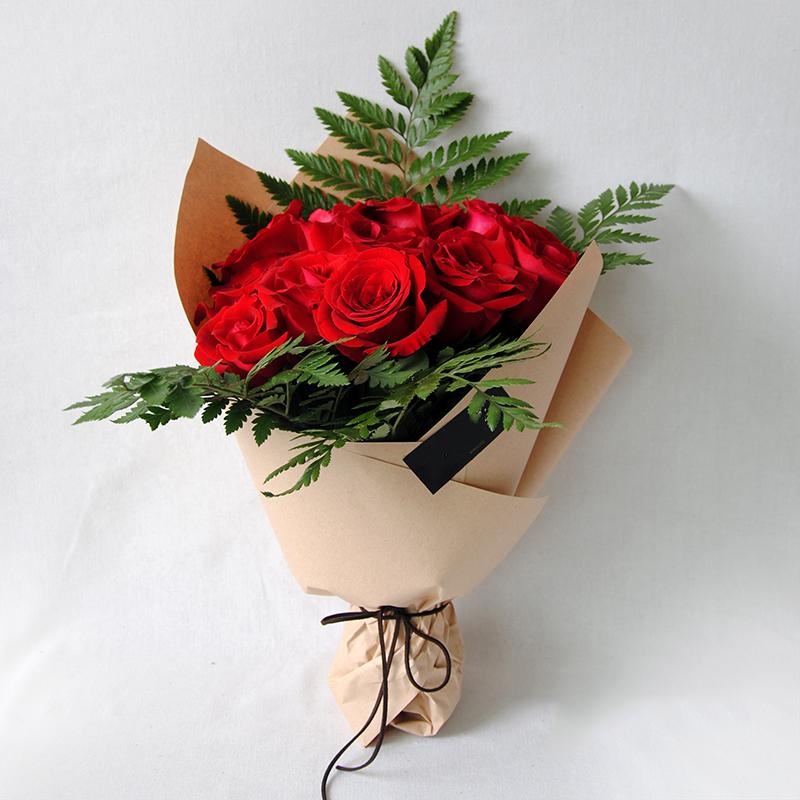 11朵红玫瑰/爱你一心一意