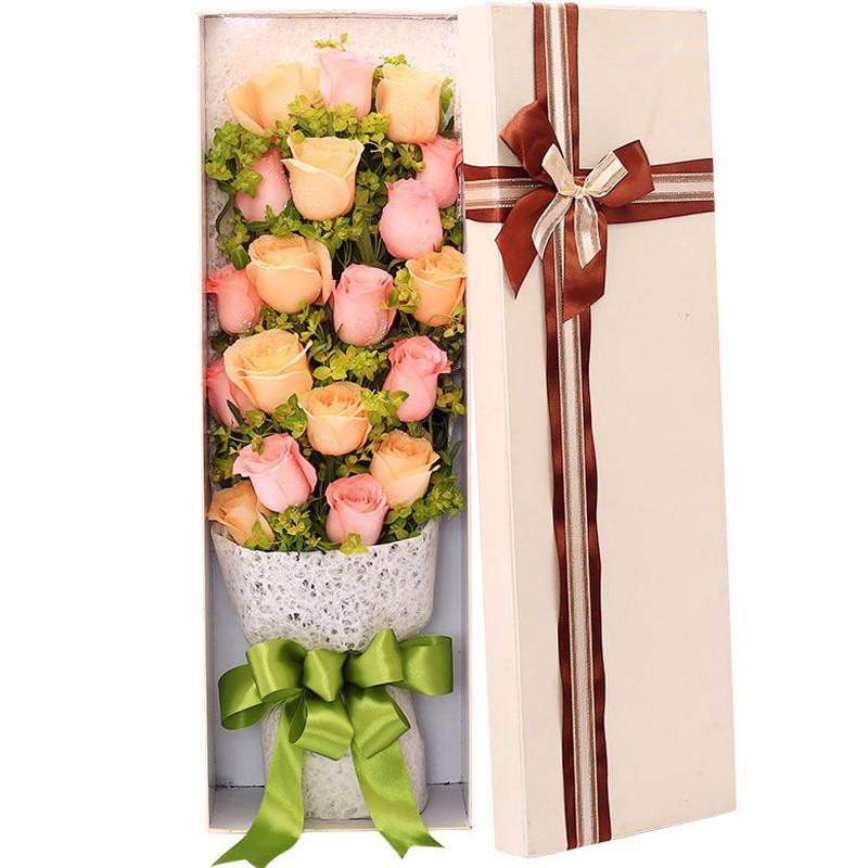 10朵戴安娜粉玫瑰+9朵香槟玫瑰/最好的时光