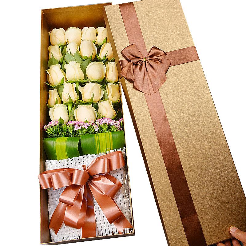 精选19朵顶级香槟玫瑰/一世欢颜