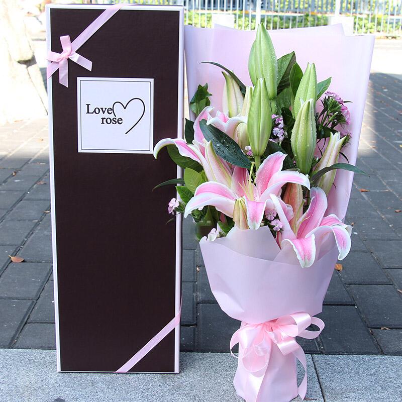 12朵粉色香水百合,�S�L/向前一步是幸福